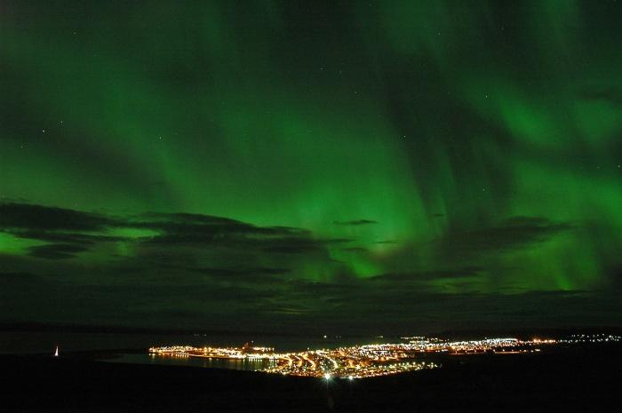 Aurora-borealis-green